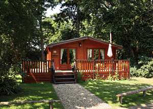 fritton lake woodland lodges acer lodge